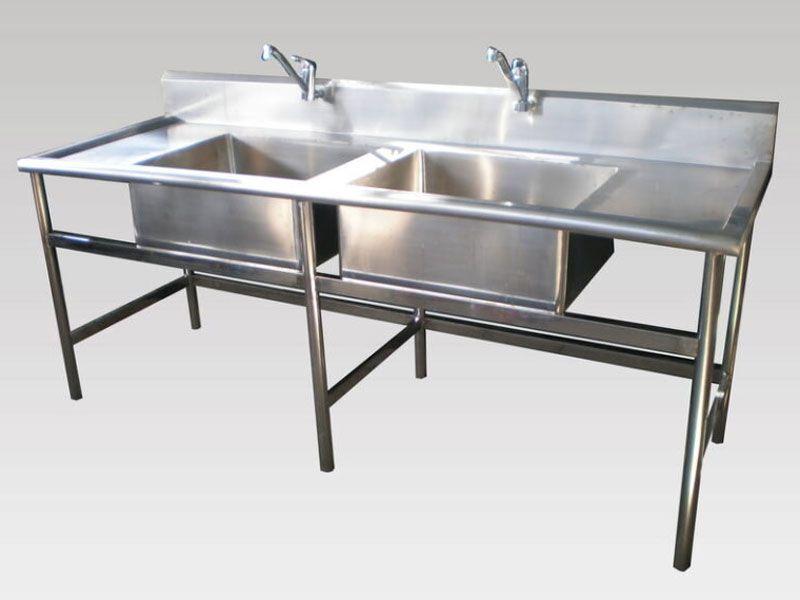 Tùy vào không gian bếp mà bạn có thể chọn kích thước theo yêu cầu