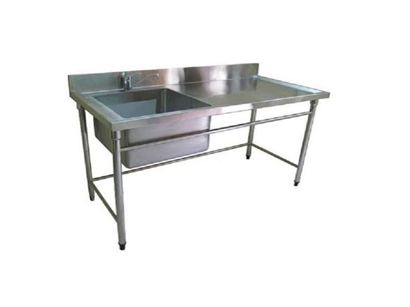 Chậu rửa inox giúp không gian bếp thêm phần gọn gàng, sạch sẽ hơn