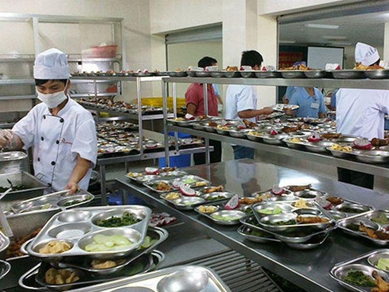 Thiết bị bếp dùng để nấu chín thức ăn