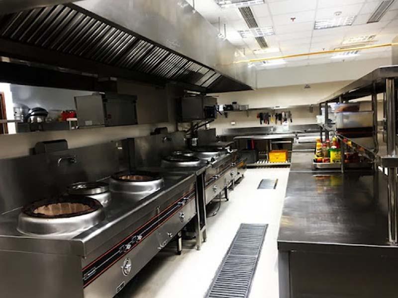 Ưu điểm khi sử dụng bếp hầm công nghiệp